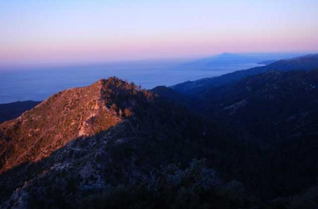 The view northwest from Cone Peak during sunrise.