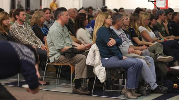 A crowd of 195, mostly mountain bikers, filled Stevenson Event Center. Esther Kim photo.