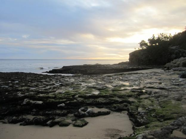 Classic King Tide shot from West Cliff in December 2012. Note the expanse of exposed seabed. Hilltromper photo.