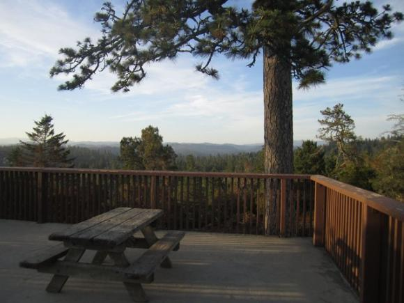 The Observation Deck at Henry Cowell overlooks rare sandhill habitat and offers huge views of the mountains and the sea. Photo by Hilltromper.