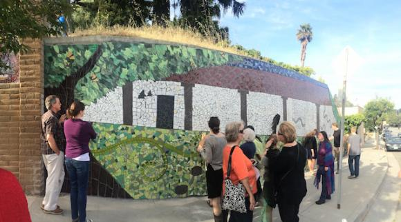 The new mural on Mission Street.