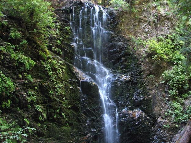 Sixty-foot Berry Creek Falls is one of the highlights of the Skyline-to-the-Sea Trail. Photo by Oaktown Pete on Flickr.