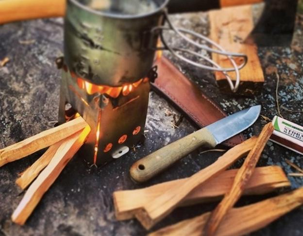 The FireAnt backcountry stove by Emberlit: tiny collapsible wood-burning genius.