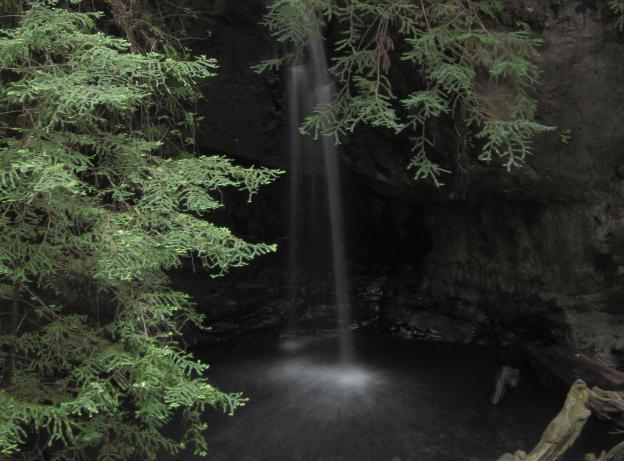 Twenty-foot Sempervirens Falls is a popular Big Basin destination.  Photo by Gnissah/Creative Commons.